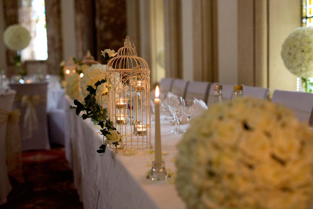 Glamour ivory roses birdcage